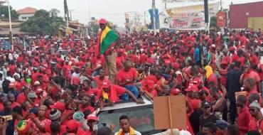 Guinée: comment le Front national pour la défense de la Constitution peut-il remporter la victoire contre le troisième mandat?