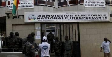 L'organisation du scrutin présidentiel du 18 octobre 2020 en Guinée : la CENI à pied d'œuvre, le FNDC sur le qui-vive